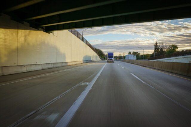 Abogado de Accidentes de Camiones en Riverside